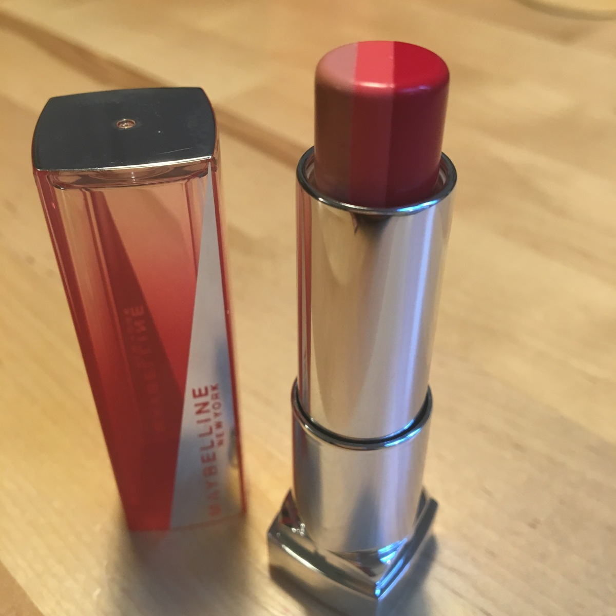 Three Tone LipsticksReview