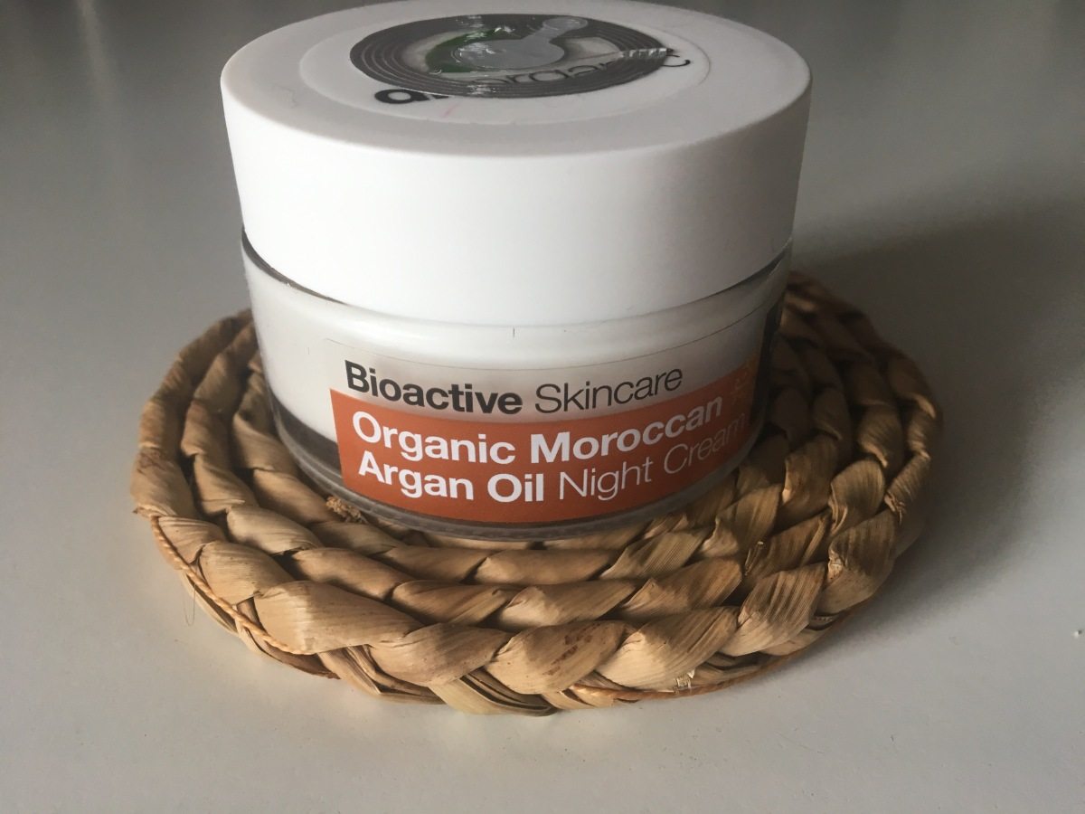 Review: Dr. Organics Morrocan Argan Oil Night Cream.