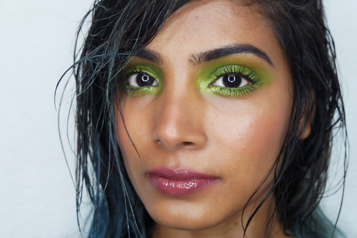 Let's beat the heat with VINYL Makeup this summer!