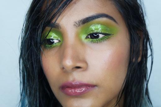 Chai & Lipstick - glossy Makeup Tutorial
