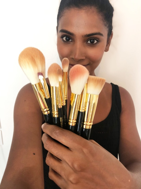 makeup artist favorite makeup brushes